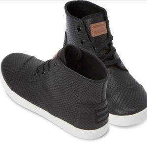 Toms Paseo Snake Pattern High Tops